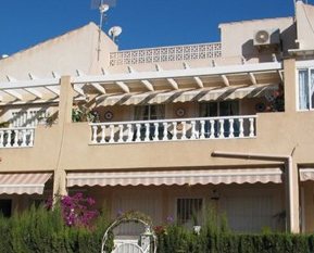 outside view property to rent Torrevieja